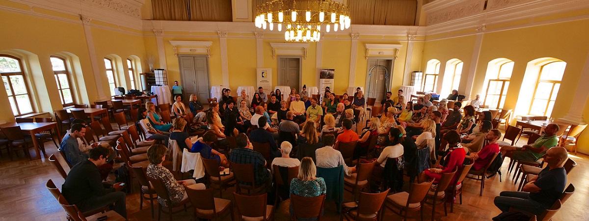 Netradiční formát konference přinášející vhled a pochopení